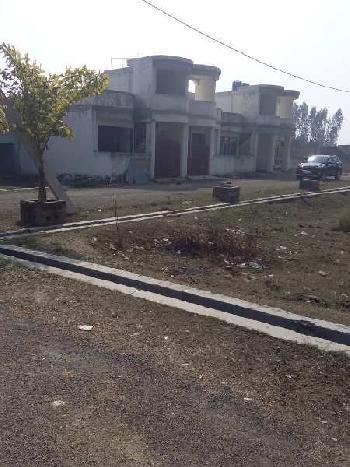 Plot for sell at Faizabad road near Hind Medicals