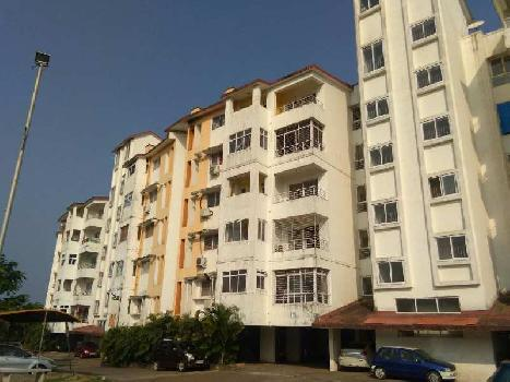 Spacious 3bhk apartment with seaview near MES college zuarinagar.