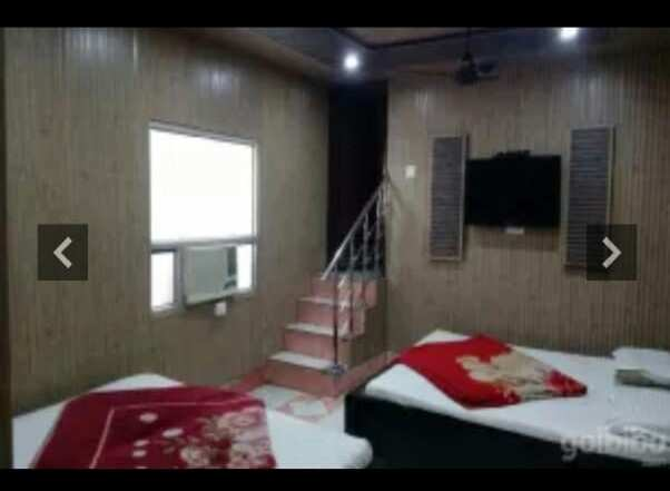 Hotel For Sale In Shiv Murti, Haridwar