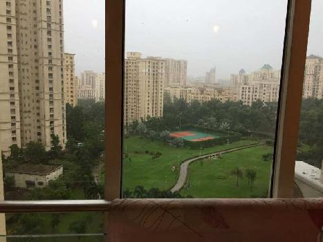 Luxurious 4 BHK Flat in Hiranandani Estate