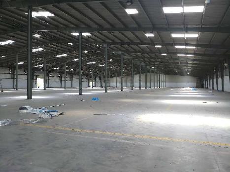 76000 Sq.ft. Warehouse/Godown for Rent in Kamrej, Surat