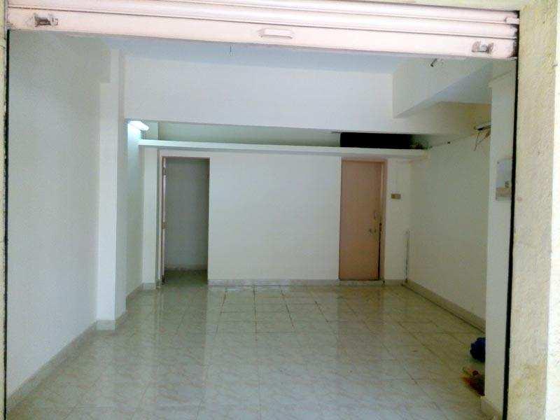 1800 Sq.ft. Commercial Shops for Rent in Karol Bagh, Delhi