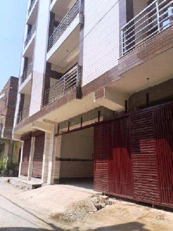 3 BHK Flats & Apartments for Sale in Sector 14, Dwarka, Delhi