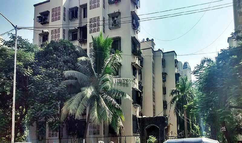 2 BHK Flat for Sale in Thakur Complex, Mumbai