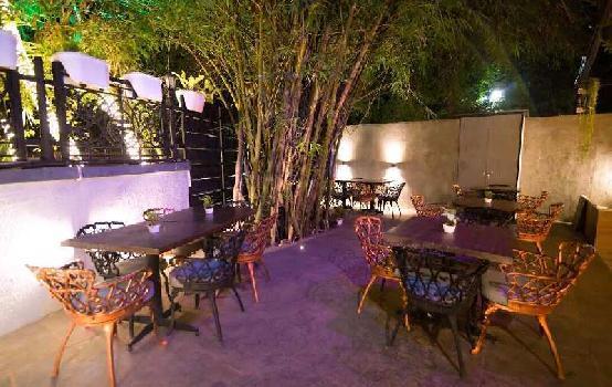 Resto-Bar With Setup