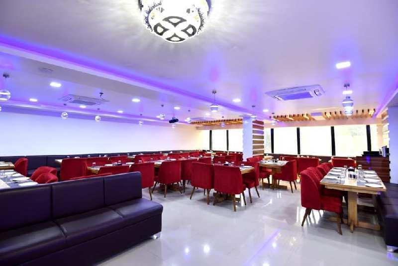 Restaurant With Setup
