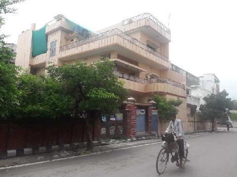 independent house in bhelupur