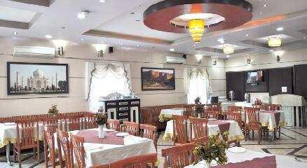 Hotel for lease in Agra