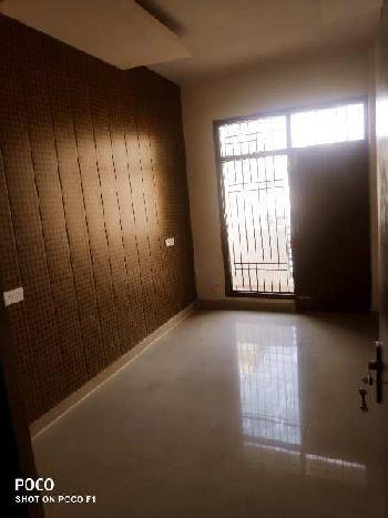 3 BHK Ready to move in Dhakoli Near 9 acre Park