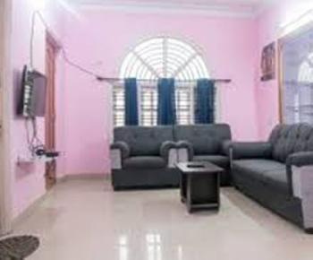 2 BHK Flats & Apartments for Rent in Sanjay Nagar, Bangalore