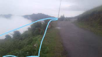 4.5 BIGHA ON ROAD PROPERTY FOR SALE IN SHILLAI ( SIRMOUR ).