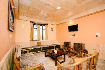 4 BHK Flats & Apartments for Sale in Kanlog, Shimla