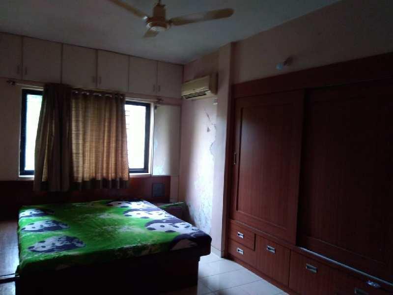 2 BHK Flats & Apartments for Sale in Block WZ, Inderpuri, Delhi