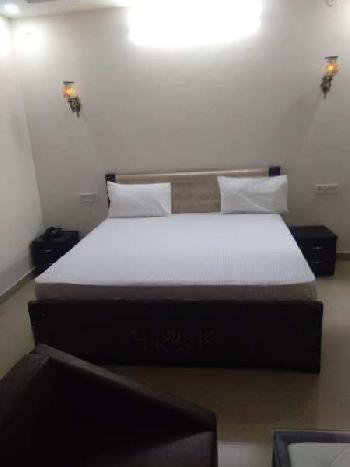 Furnished Studio Appartment In Gated Society Elegance Resort
