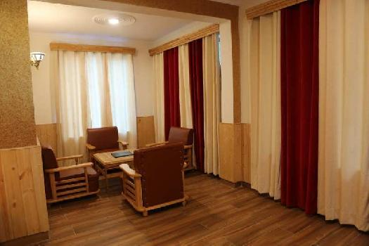 6000 Sq.ft. Hotel & Restaurant for Rent in Hadimba Temple Road, Manali