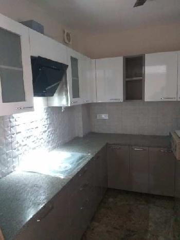 Builder Floor, 3 BHK @ Sushant Lok 3
