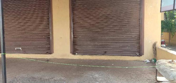 main road faccing shop for sale in chicalim