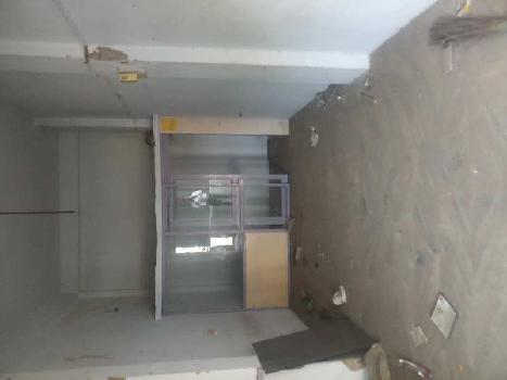 Road facing Ground floor shop on rent at vastrapur