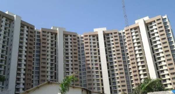 3 BHK Flat For Sale in Bhayenderpada GB road, Thane