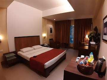 RUNNING 3 STAR HOTEL FOR SALE AT PRIME LOCATION OF HINJAWADI PUNE