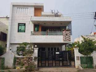 SEMI FURNISHED LUXURIOUS SEPRATE 3BHK BUNGLOW ON RENT AT RESIDENTIAL AREA GULMOHAR ROAD AHMEDNAGAR