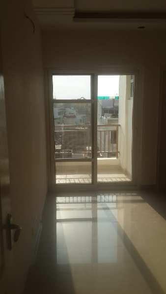 Flat for rent at raibareli road near sgpgi