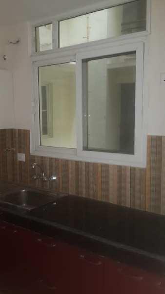 Flat for rent at raibareli road near sgpgi