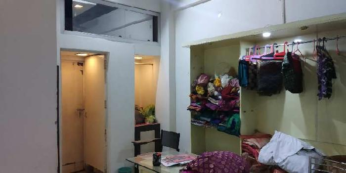 Boutique space for rent at patrakarpuram gomtinagar