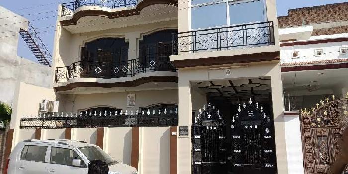Semi furnished house in ashiyana near chancellor club