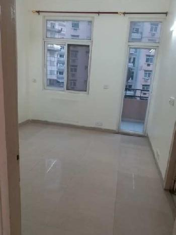 Flat for rent in rohtas  plumeria vibhuti  khand