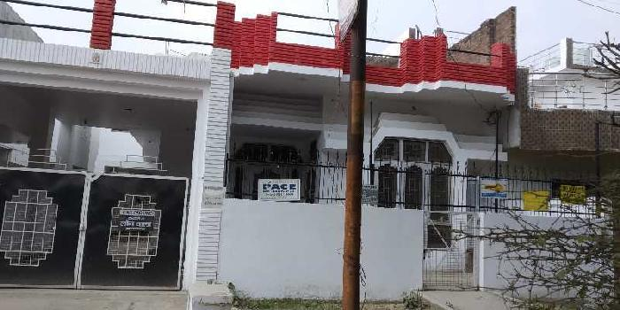 Independent house near Phoenix mall kanpur road