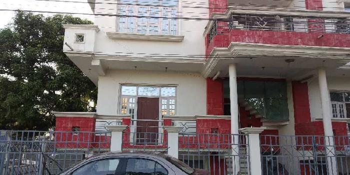 Office space in ashiyana near bangla bajar