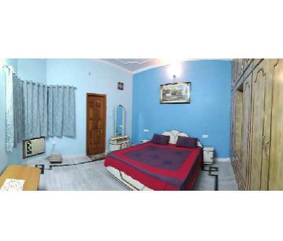 Fully furnished flat for rent in gomti nagar