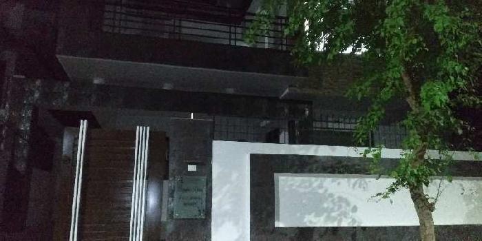 Semi furnished house in ashiyana near Stella maris school