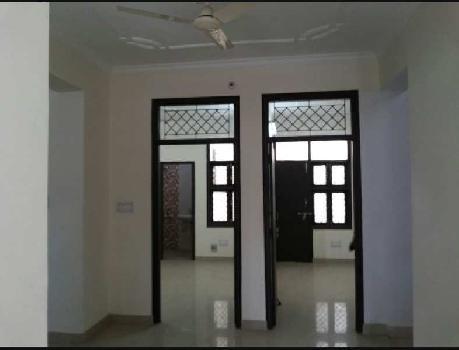 2 bhk flat in gomti nagar near patrakarpuram