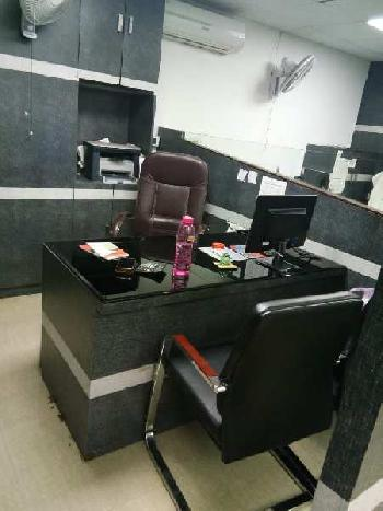 Fully furnished space for rent in gomti nagar