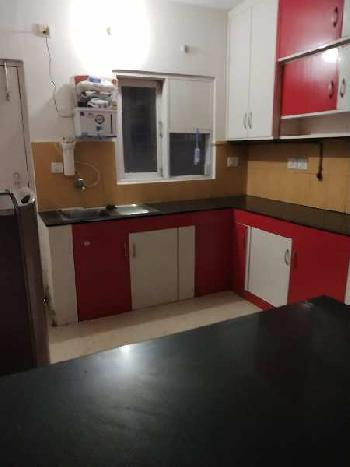 Pent house 4 bhk for rent in gomti nagar.