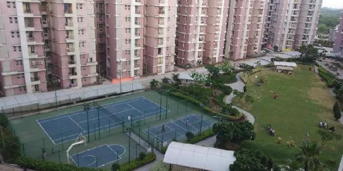 Flat for rent at raibareli road eldeco saubhagyam