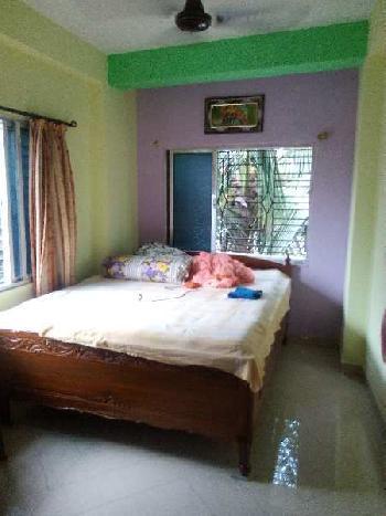 Resale 2BHK flat on 3rd floor near Hindustan Cotton Mill 14Lakhs