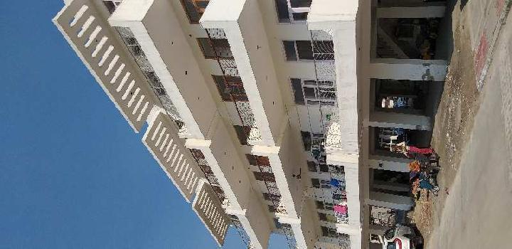 INDEPENDENT BUILDER FLOOR
