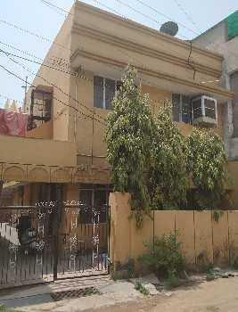 5 Bedrooms Double Story House Available For Sale At Sector 4 Devendra Nagar Raipur.  Plot Area 1500 Sq.ft.  Built Up 1850 Sq. Ft. House Sale Price 1.05Cr  Ground Floor  850 Sq ft Built up area , 2 Bedroom Hall Kitchen Branda Parking Ect.  First Floor