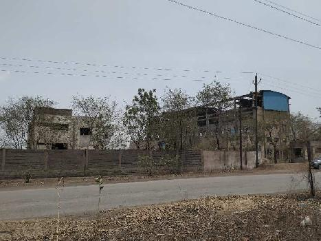 1,30,000 Sq. Ft. Building  Office & Boundary wall Construction, Industrial Permission , Lay Out Approved * Property * For Sale At Siltara Phase I, Near Godawari Ispat , Siltara, Raipur Chhattisgarh.  Plot Front 280 feet, Plot Dimantion 280*450 feet,