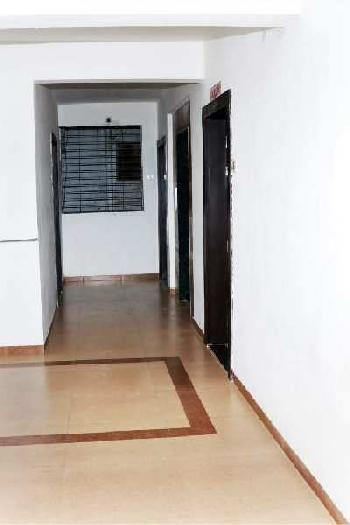 2bhk flats available. Near Nimani bus stop