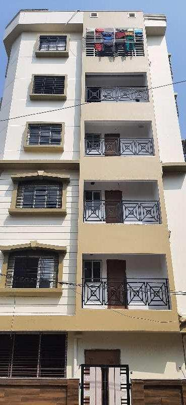 3 BHK Flats & Apartments for Rent in Beliaghata, Kolkata