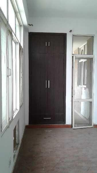 3BHK FLAT WITH 2 TOILET WITH STUDY ROOM
