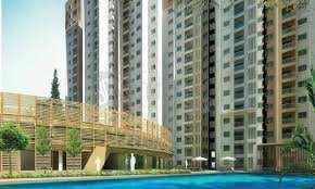 2BHK FLAT ARE AVAILABLE WALKING DISTANCE FROM METRO