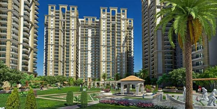 READY TO MOVE IN CENTRAL NOIDA WITH HANGING GARDEN