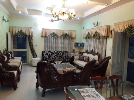 Beautiful Kothi on Highly Demanded On Road Colony Opp Times Square Mall