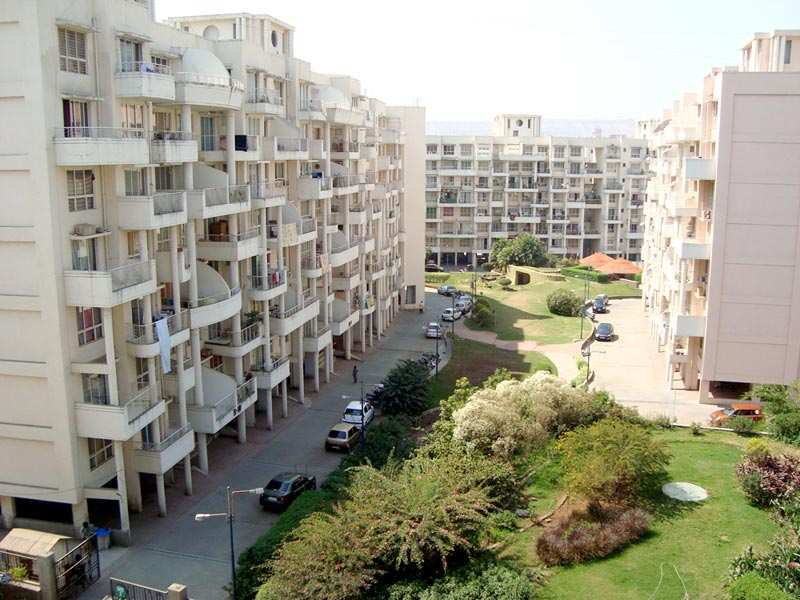 Available 3 BHK Semi-furnished flat on rent in Aditya Shagun, Bavdhan.