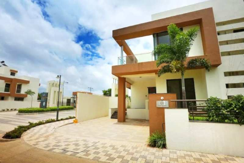 Hinjewadi, Life Republic, Available 4BHK 2300 sq.ft. Twin Bunglow with 3500 sq.ft. Plot for resale